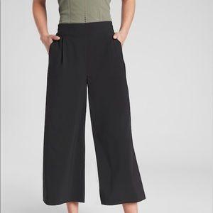 Athleta Brooklyn Wide Leg Crop Pant size S